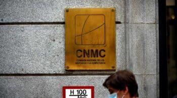 Competencia investiga a Sabadell, Santander y CaixaBank por las condiciones de los créditos ICO