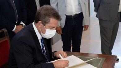 """García-Page azuza el miedo al """"efecto Madrid"""" para recurrir a los rastreadores del Ejército"""
