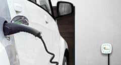 El 'airbnb' de los coches eléctricos se lanza en Madrid para alquilar enchufes por horas