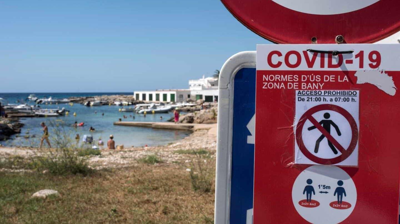 Cierre de playas de Menorca en horario nocturno por el Covid.