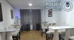 La policía desaloja un burdel clandestino con 75 personas sin mascarillas en Madrid