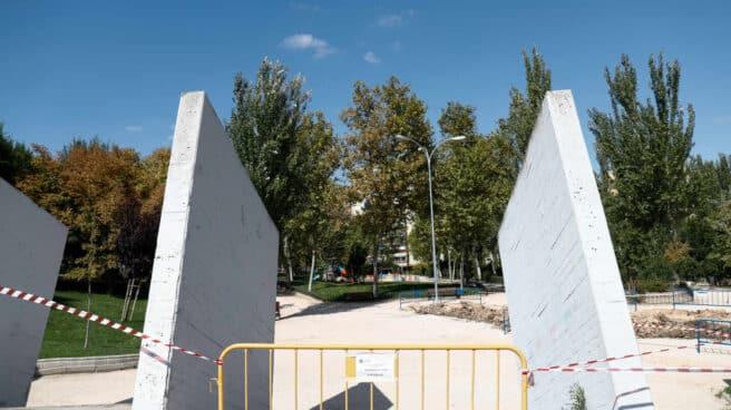 Parque clausurado en una de las zonas confinadas de Fuenlabrada.