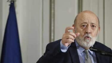 Tezanos defiende su empate en Madrid aunque los expertos critican que el CIS asignó mal los escaños