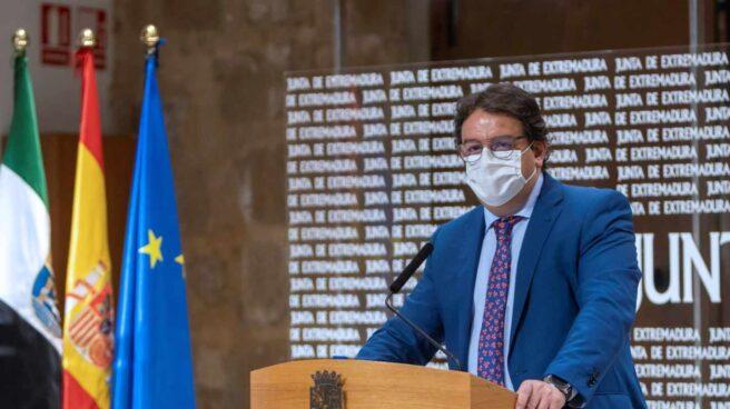El vicepresidente primero y consejero de Sanidad y Políticas Sociales, José María Vergeles.