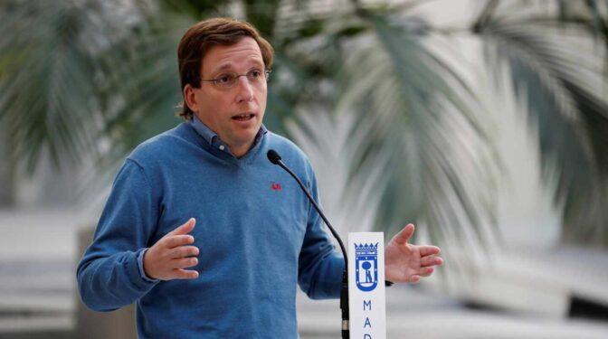 Almeida exige a Iglesias y Bal que dejen sus escaños en el Congreso