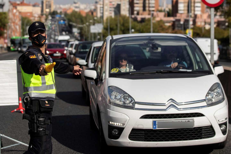 Resticciones de movilidad tras decretarse el estado de alarma en Madrid.