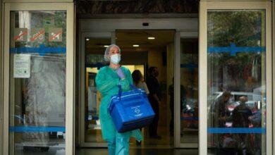 Aumenta la presión hospitalaria y el riesgo de rebrote en Cataluña