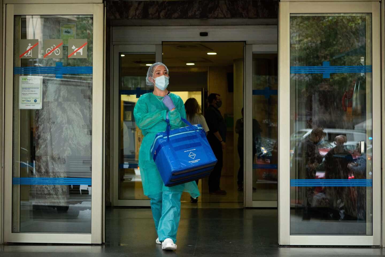Medio millón de test rápidos de antigénicos covid-19 se comienzan a distribuir en Cataluña