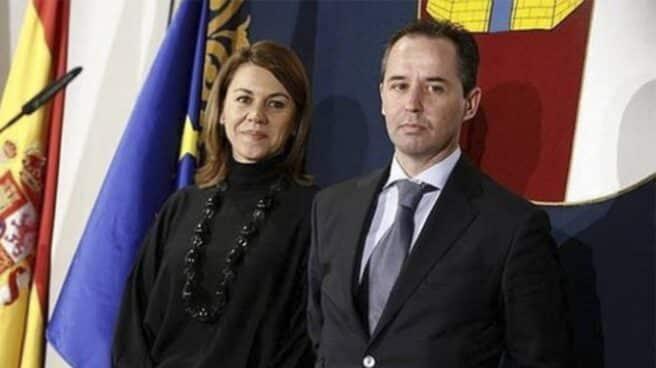 Andrés Gómez Gordo y María Dolores de Cospedal durante la etapa de ésta como presidenta de Castilla-La Mancha.