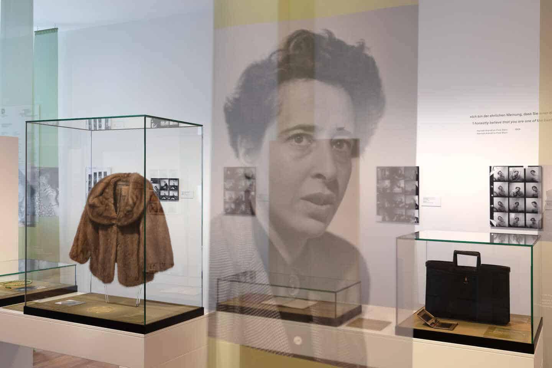 Exposición de Hannah Arendt