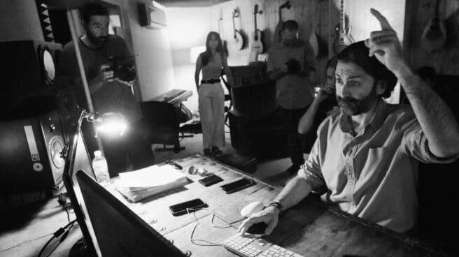 Javier Limón en su estudio, 'Casa Limón'.