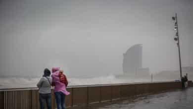 """La borrasca 'Alex' inaugura octubre con un """"intenso"""" temporal de lluvia y viento"""