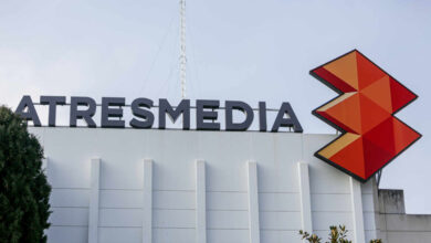 Atresmedia da el 'sorpasso' en enero y gana a Mediaset con un canal menos