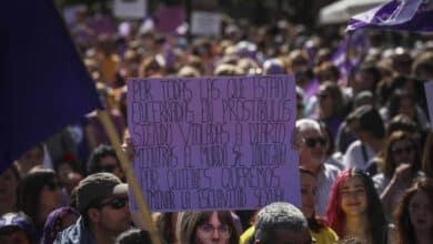 El PSOE se compromete a legislar para prohibir la prostitución y multar a los clientes