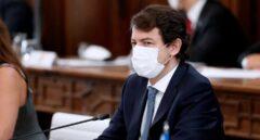 """Mañueco critica al Gobierno por los """"vaivenes"""" con AstraZeneca"""