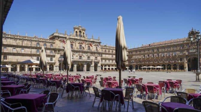 Castilla y León amplía hasta la medianoche el horario de hostelería a partir del domingo