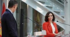 El choque de Madrid y Moncloa aúpa a Ayuso con 15 escaños más, según una encuesta
