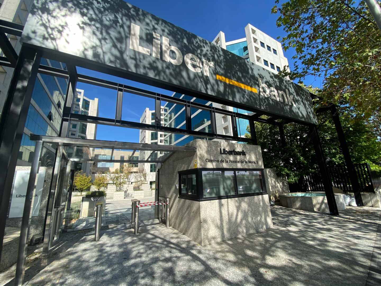 Entrada a la sede central de Liberbank, en Madrid.