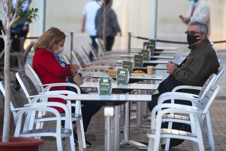 Uso obligatorio de mascarillas en los bares de Andalucía