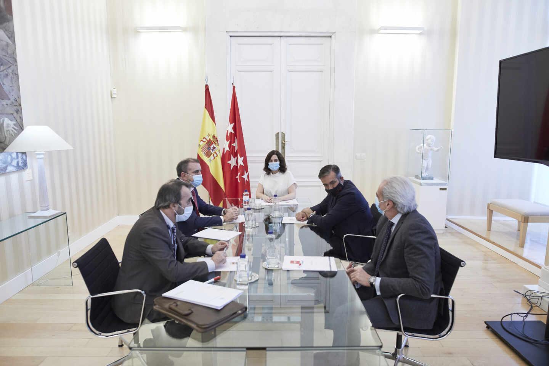 Ayuso se reúne con el delegado del Gobierno en Madrid, José Manuel Franco