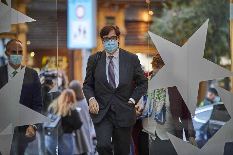 El ministro de Sanidad, Salvador Illa, llega a la sede de la vicepresidencia de la Comunidad de Madrid.