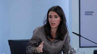 Policías y guardias civiles se muestran indignados con la nueva campaña del Ministerio de Igualdad