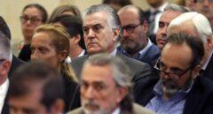 """El Supremo considera """"excesivas"""" las menciones a la 'caja B' del PP en la sentencia de Gürtel que desalojó a Rajoy"""