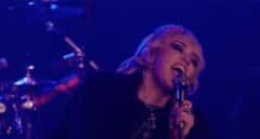 Miley Cyrus se pone la chupa de cuero en 'Plastic Hearts', su nuevo álbum