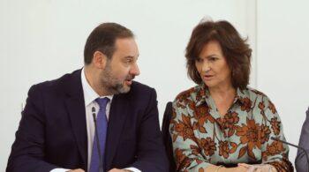 Ábalos presidirá la Comisión de Interior del Congreso y Calvo la de Igualdad