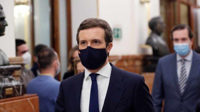 Pablo Casado llega al Congreso.