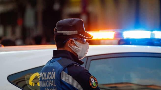 Un agente de la Policía Municipal de Madrid, en una imagen de archivo.