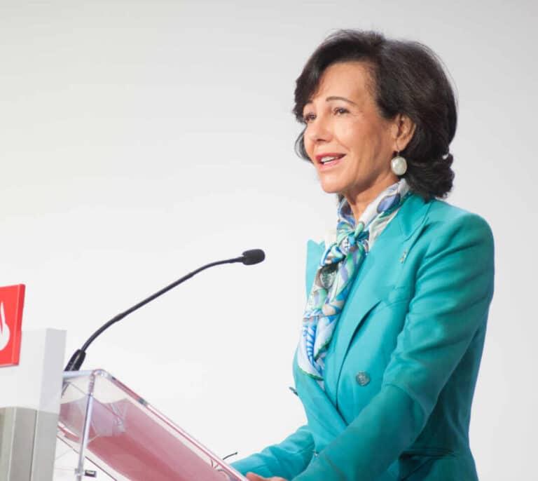 Santander cerrará mil sucursales antes de agosto