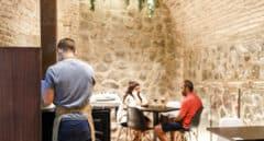 Castilla-La Mancha decretará el cierre del interior de bares en Toledo, Cuenca y Talavera