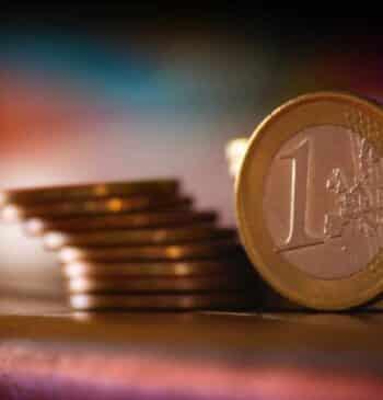 ¿Qué bancos cobran menos comisiones?