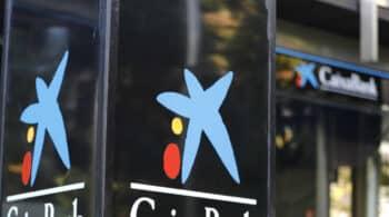 CaixaBank ofrece flexibilizar las salidas del ERE pero los sindicatos insisten en la huelga