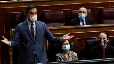 """Sánchez acusa al PP de ser un """"partido antisistema"""" y reafirma su """"confianza absoluta"""" en Iglesias"""