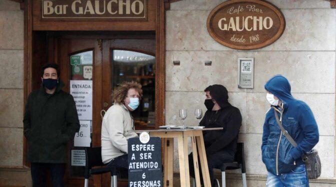 """Cerrado por """"agresión"""" y """"desprotección"""": los bares del Casco Viejo de Pamplona cierran la persiana"""