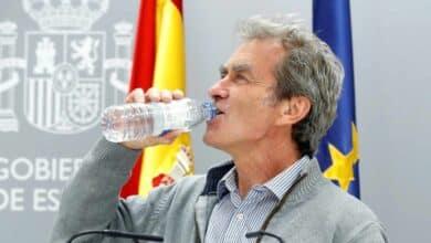 "Simón vaticina un ""posible descenso de los casos"" en España"