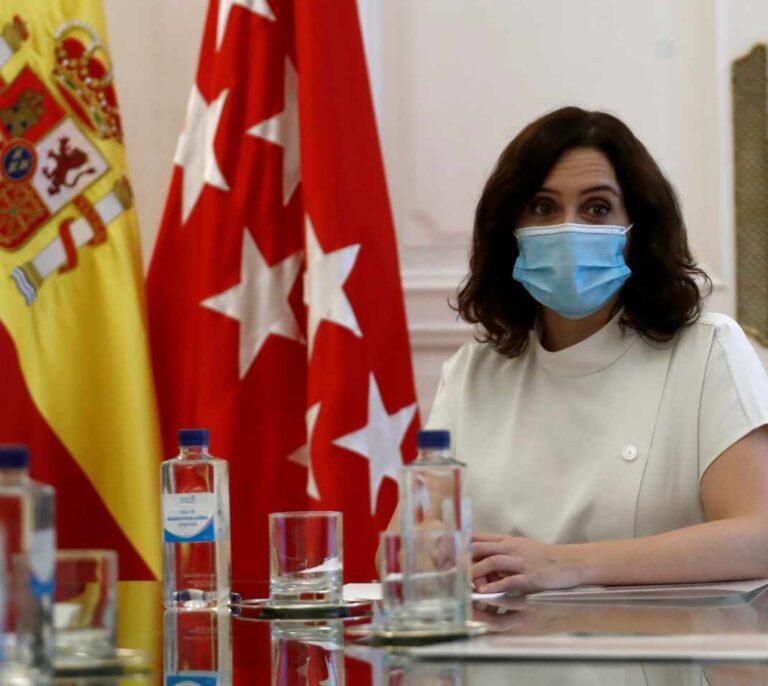 La Comunidad de Madrid entregará dos mascarillas FFP2 a los mayores de 65 años
