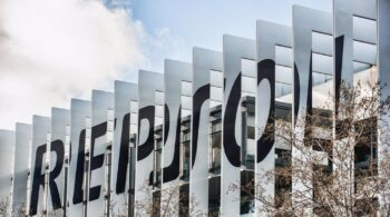 Repsol pierde 3.289 millones en 2020 por el impacto del Covid y la caída del petróleo