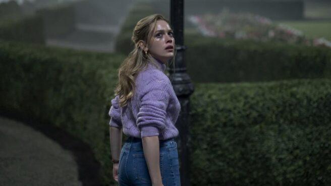 Victoria Pedretti es Dani Clayton en 'La maldición de Bly Manor'.