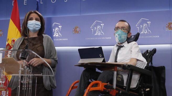 Adriana Lastra y Pablo Echenique presentan la propuesta para modificar la elección de los miembros del CGPJ.
