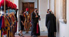 Sánchez, a por la foto con el Papa tras los piropos en el Congreso