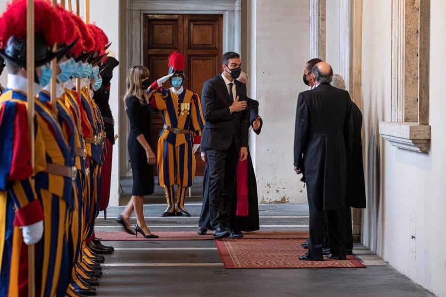 Pedro Sánchez, en el Vaticano para su reunión con el Papa.