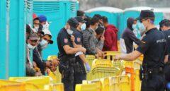 """""""Ninguna ley prohíbe derivar migrantes a la península; el 'efecto llamada' es un mantra"""""""