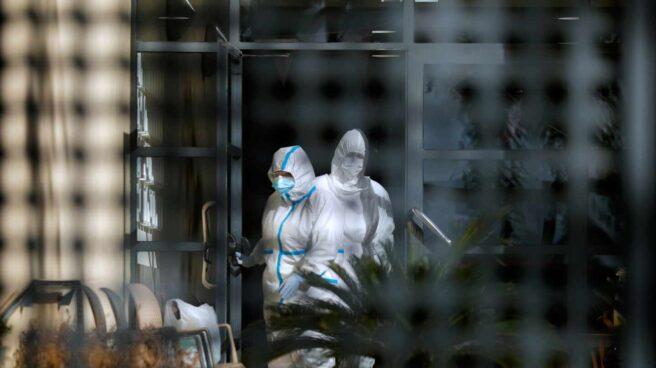 Sanidad hace un cribado en la residencia de Pobla de Vallbona (Valencia).