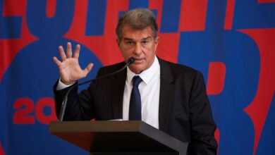 La política vuelve al Barça con Laporta