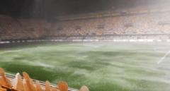 El campo del Villarreal se inunda antes de su encuentro con el  Maccabi