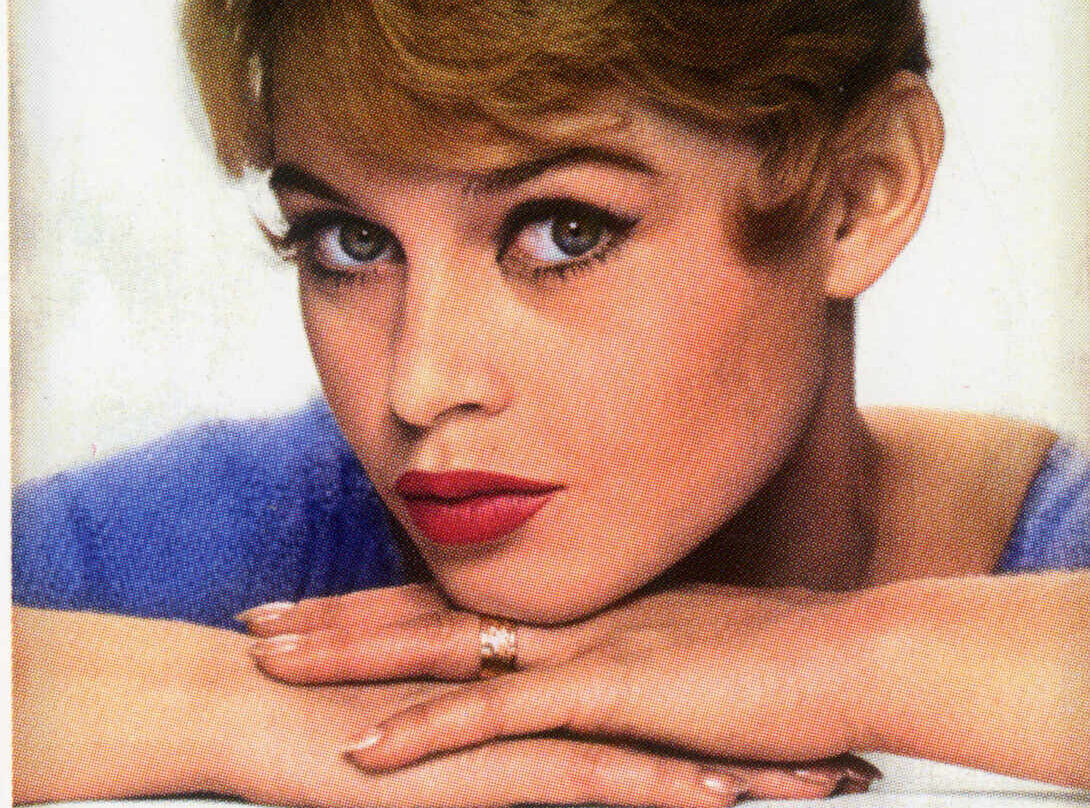 Brigitte Bardot en la portada de 'ELLE'