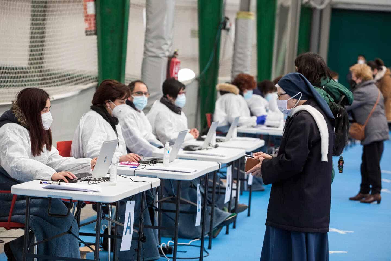 Test de antígenos en las instalaciones de El Plantío de Burgos.